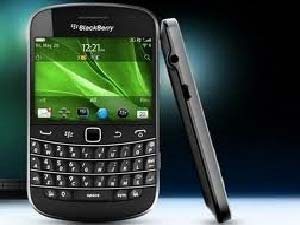 Bold Vs Bolder - Blackberry Bold 9700 Vs Bold 9900