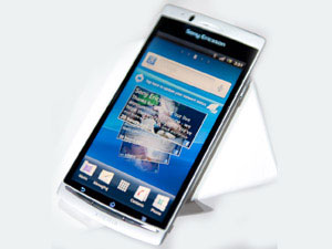 Sony Ericsson Txt, Xperia Ray & Xperia Active : New Launches