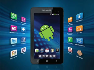 Rcom Launches 3G Tablet