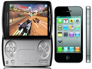 Sony Ericsson Xperia Play Vs Apple iPhone 4