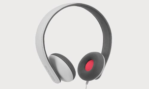 Incase Reflex headphones with integrated microphone for Apple gadgets