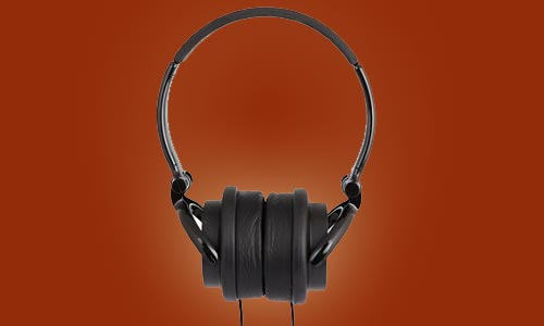 User-friendly products iFrogz:  CS40s headphones and Timbre Pro ear buds