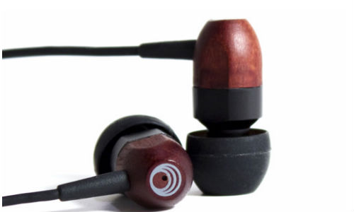 ThinkSound releases in ear headphone