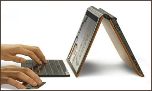 Lenovo IdeaPad Yoga runs Windows 8