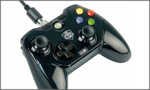 Mad Catz unveils: New Cheap game controller for Playstation and Xbox