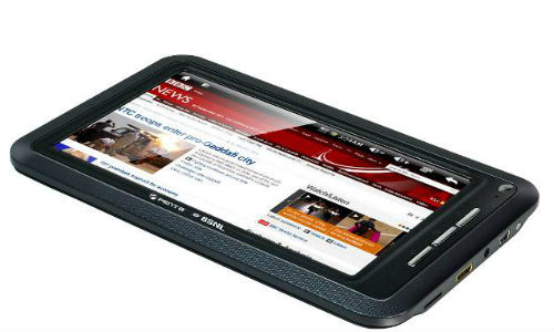 Customers rush in to buy cheap BSNL tablet