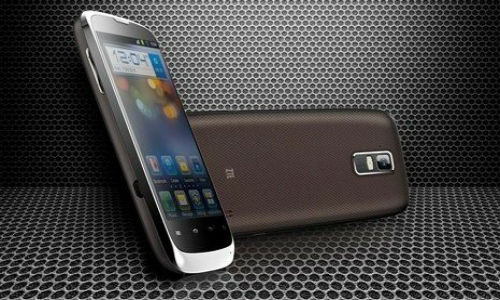 Two new phones from ZTE before MWC 2012