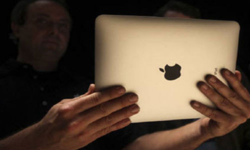 Apple testing a new tablet of smaller display?