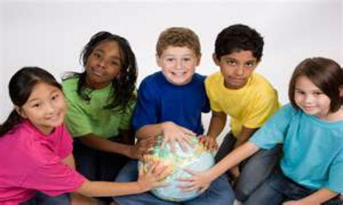 Digital photos might impose risk to children