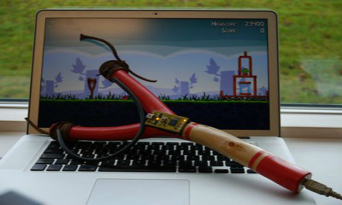 Play Angry Birds with USB slingshot controller