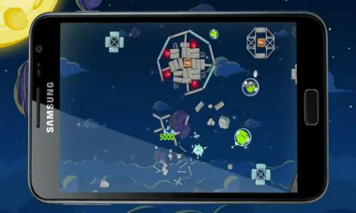 Angry Birds fans get hold of Samsung Galaxy phones