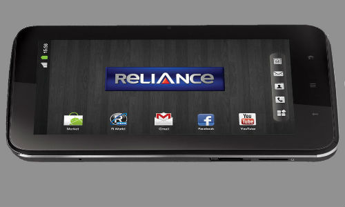 Reliance launches first CDMA tablet in India