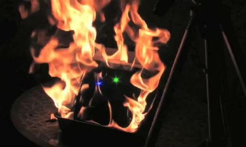 Video: New iPad destroyed using lasers