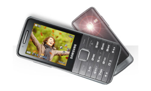 Samsung Primo GT-S5610K budget friendly mobile phone