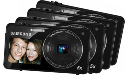 A dual view camera from Samsung: ST700, Rs 17,000