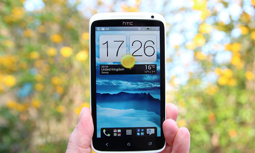 HTC announces software updates for One X phones