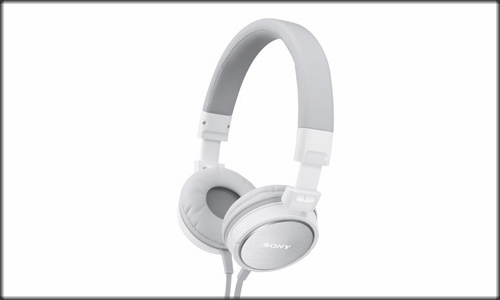 Sony  launches MDR-ZX600 headphones