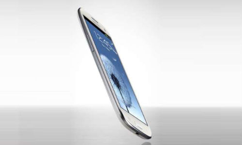 Samsung Galaxy S3 pops on eBay India