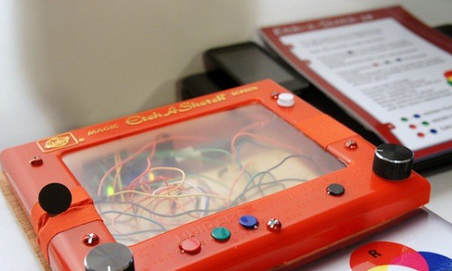 Etch a Sketch, a drawing pad for childhood