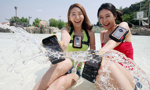 Samsung launches 2 waterproof camcorders: QF20, W300