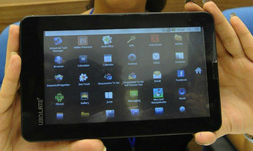 Aakash 2: CMs of All States in India Might Receive Low Cost Tablet for Feedback