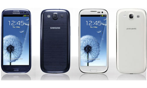 Finally! Pebble Blue Samsung Galaxy S3 arrives