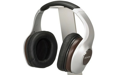 Denon 11 new headphones with iOS integration