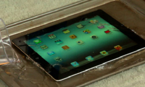 Apple new iPad torture test [Video]