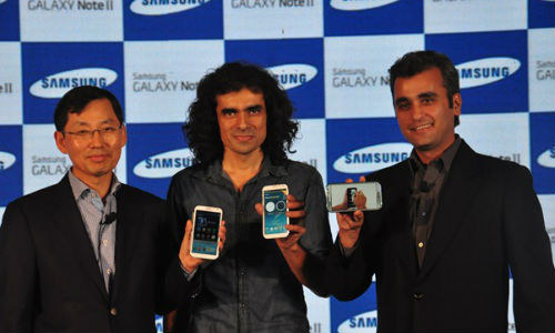 Samsung Galaxy Note 2 Launched in India Today, 16MP Galaxy Camera Coming Next Month