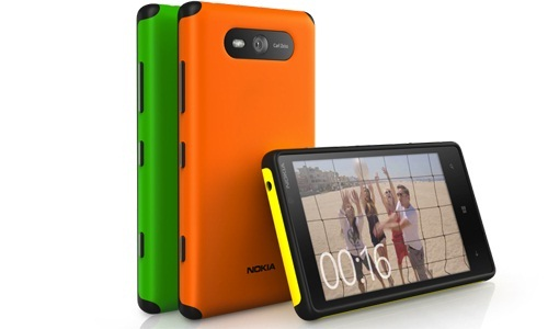 Nokia Lumia 820 comes out of its shell with Interchangeable Covers