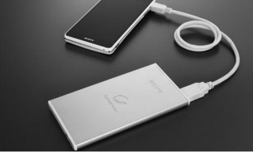 Sony Unveils New Slim External Battery Range for Smartphones