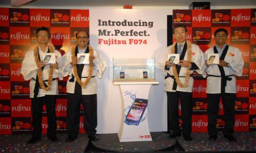 F-074: Tata Docomo and Fujitsu Unveiled Waterproof 3G Smartphone at Rs 21,900