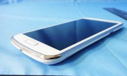 Samsung Galaxy Premier New Image Spotted Online: What Features to Expect?