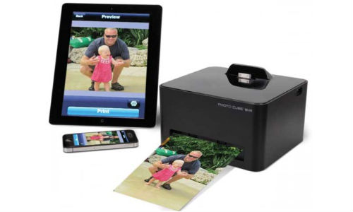 Hammacher Schlemmer Introduces Wireless Smartphone Photo Printer