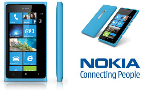 Nokia Lumia 900 Spotted Running on Windows Phone 7.8 [VIDEO]