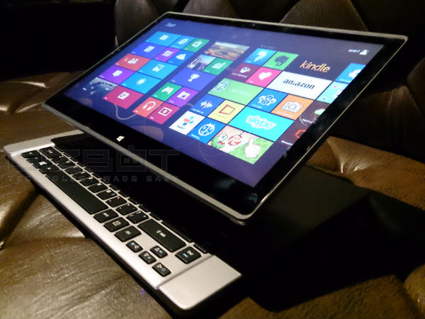 Acer Aspire R7: Event Photos
