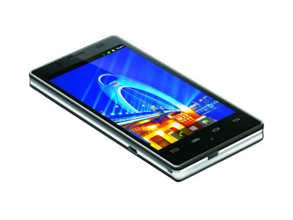 XOLO X900 Photos