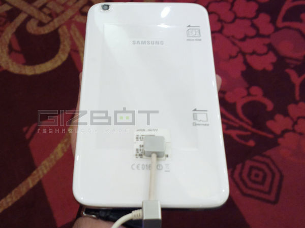 Samsung Galaxy Tab 3.8 inch Review Photos