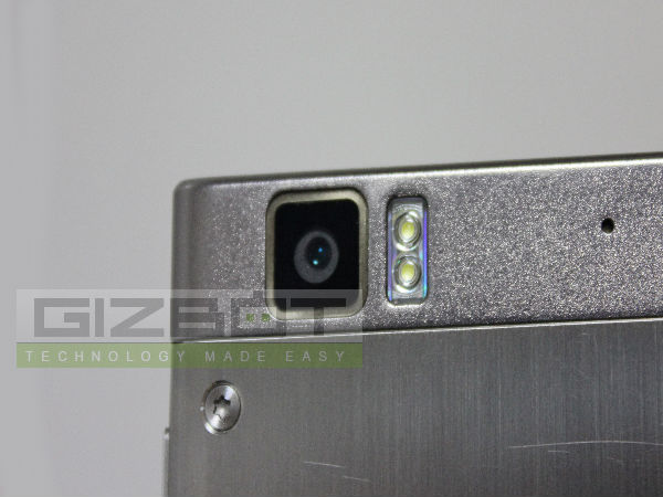 Lenovo K900 Hands On  Review Photos