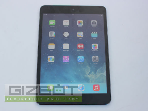 Apple iPad Retina Display Photos