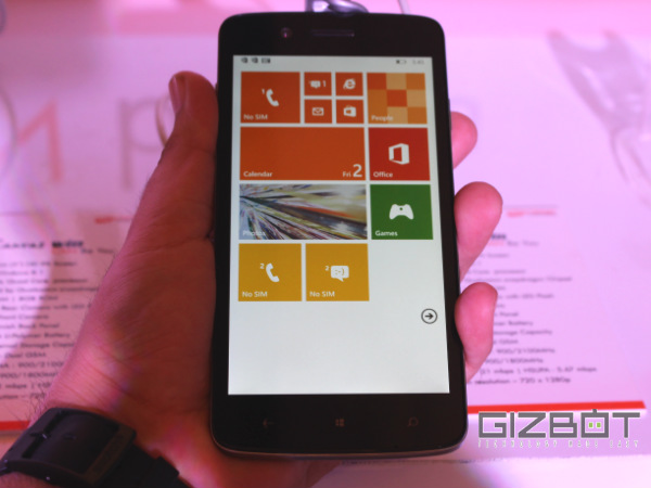 Micromax Canvas Win W121 First Look Photos