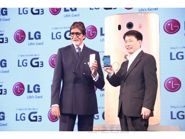 Amitabh Bachchan launches LG G3 In India Photos