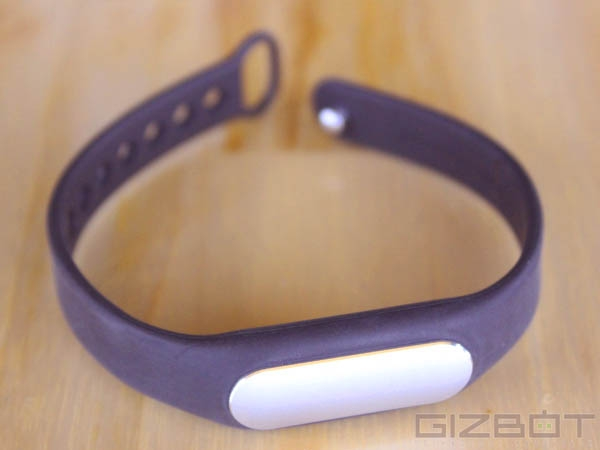 Xiaomi Mi Band Hands On and First Look Photos