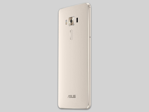 Asus Zenfone 3 Deluxe Photos