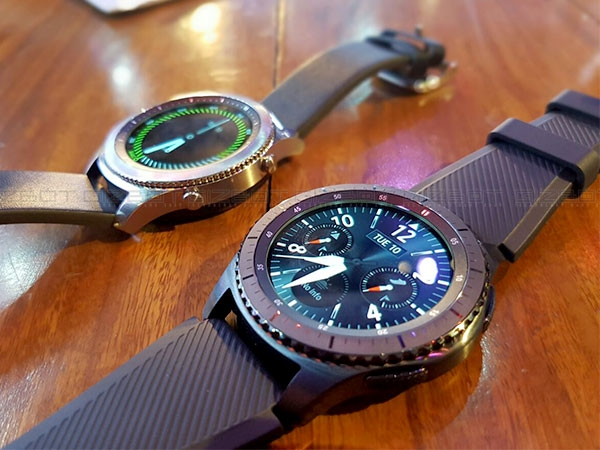 Samsung Gear S3 First Impressions Photos