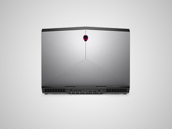 Dell Alienware 15 Photos