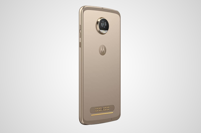 Motorola Moto Z2 Play Photos