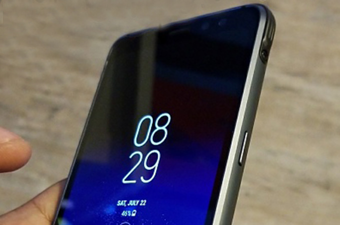 Samsung Galaxy S8 Active Leaked  Photos