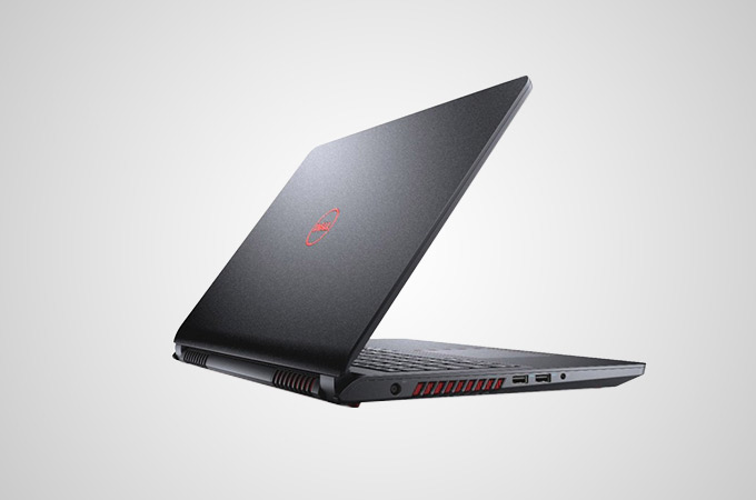 Dell Inspiron 15 5577 Photos