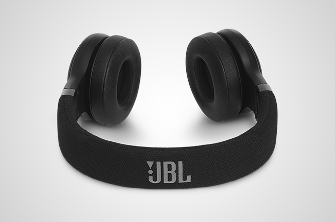 JBL E45BT Photos